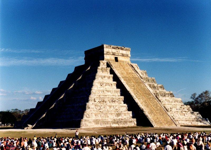 ククルカン・ピラミッド.jpg